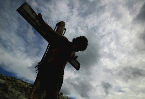 Jesus-on-cross2_DesignPicsInc