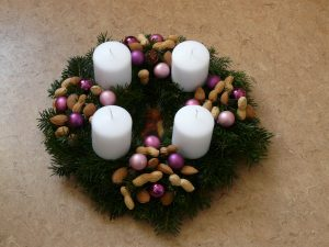 adventwreath-white-candles